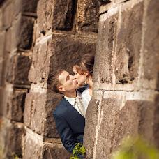 Wedding photographer Varvara Lomancova (VarvaraL). Photo of 09.02.2014