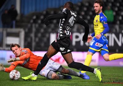 Davy Roef verlaat RSC Anderlecht en gaat voor KAA Gent voetballen