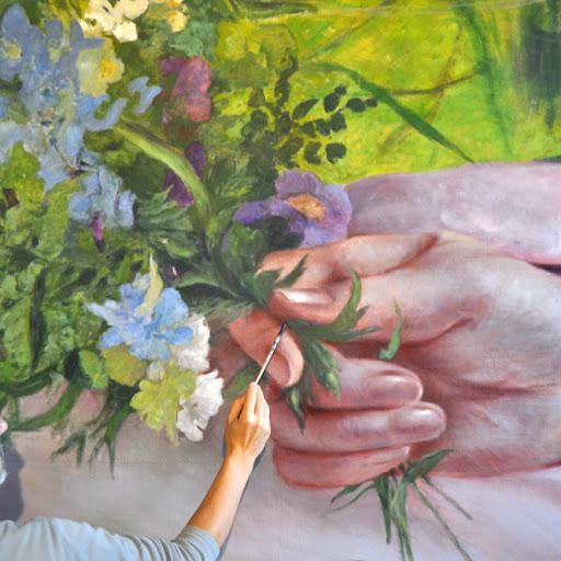 Détail main et fleur