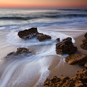 Rocky sunset by Hugo Marques - Landscapes Waterscapes ( waterscape, sunset, seascape, ericeira )