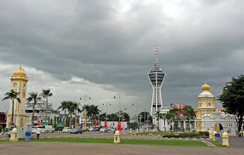Photo: I didn't plan to stop at Alor Setar, Malaysia, but it seemed to be an interesting place so I took a few pictures.