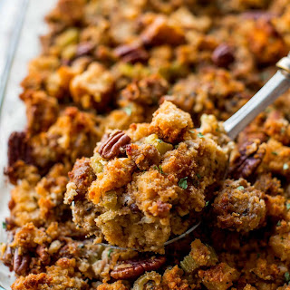 Make-Ahead Cornbread Stuffing