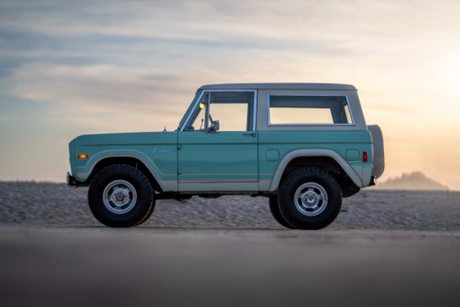 1977 Ford bronco. Hire Los Angeles