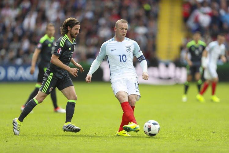Sturridge et Vardy sauvent l'Angleterre