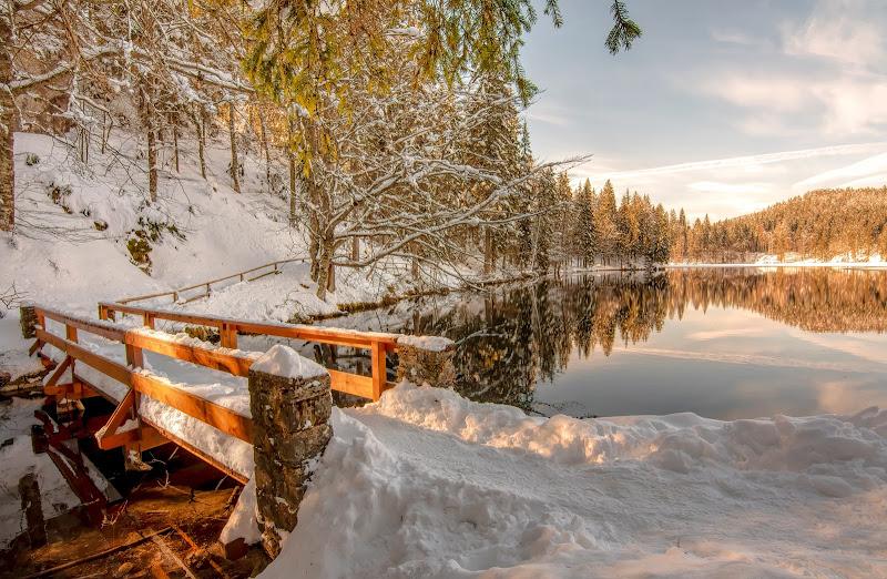 Lago d'inverno di Justinawind
