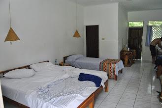 Photo: la nostra stanza dentro (c'è sempre un lettino per Marco!)