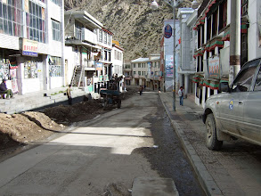 Photo: Nyalam Tibet, road works