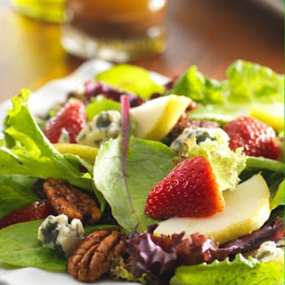 Baby Blue Salad with Fresh Pears and Sweet and Spicy Pecans