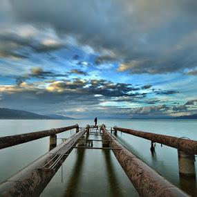 Pipelines by Nikos Koutoulas - Landscapes Waterscapes ( clouds, αλβανία, lake, pipelines, ηλιοβασίλεμα, pogradec, σύννεφα, nd, sunset, 400, albania, hoya, filter, λίμνη )