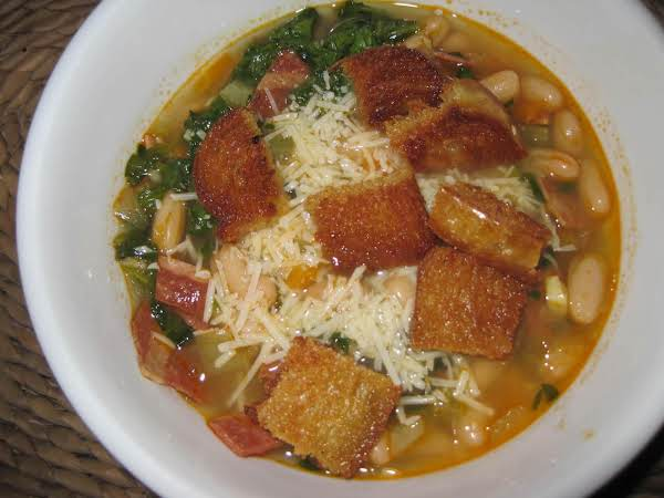 Turkey Bacon, Cannelini Bean And Vegetable Soup Recipe