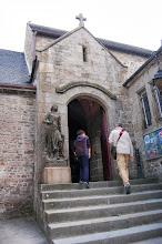 Photo: BRETANYA 2013. MONT SAINT-MICHEL (Normandia ) : église paroissiale Saint-Pierre, segles XV i XVI.