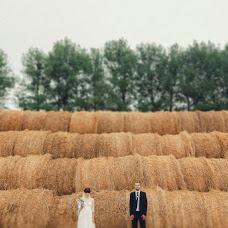 Wedding photographer Anatoliy Roschina (tosik84). Photo of 10.12.2015