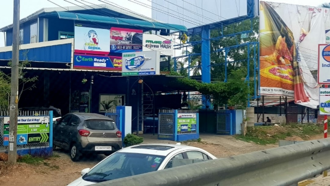 PITLANE eXpressWASH - Car Wash in Thiruvananthapuram