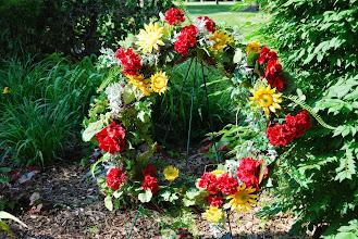 Photo: Wreath in honor of Margaret Thatcher at the Reagan Memorial 2013, Eureka College