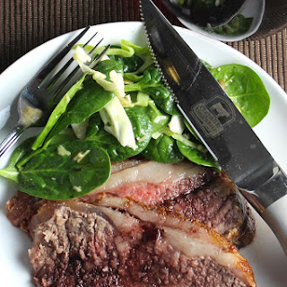 Strip Roast with Red Wine Sauce