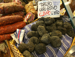 Photo: Tartufo -- black truffles!