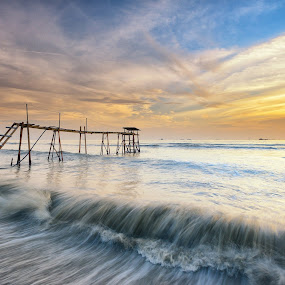 Washed Away by SyaFiq Sha'Rani - Landscapes Waterscapes ( washed, waterscape, sunset, waves, washed away, beach, bora-bora )