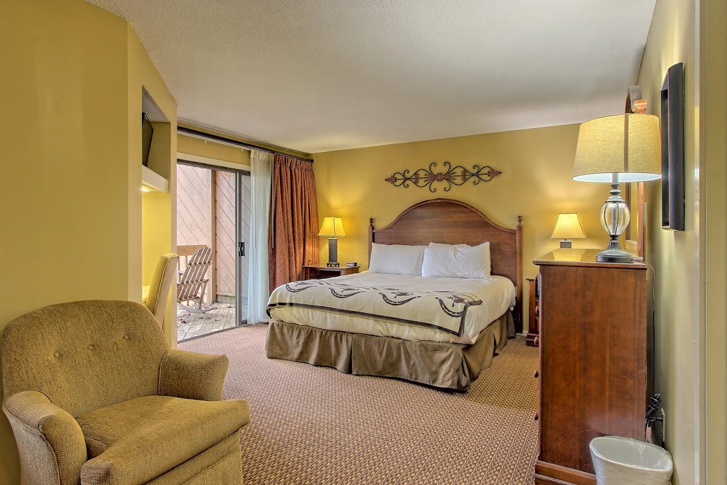 Two Bedroom Suite Picture Number 9