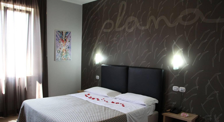 Plana Hotel