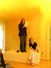 Photo: PRETTY, PRETTY, PRETTY GOOD. Der zweite Salon des Arts - The twelve technical rules (or how to achieve the twelve things to avoid) to be followed are Performance Melanie Ohnemus und Tanja Widmann