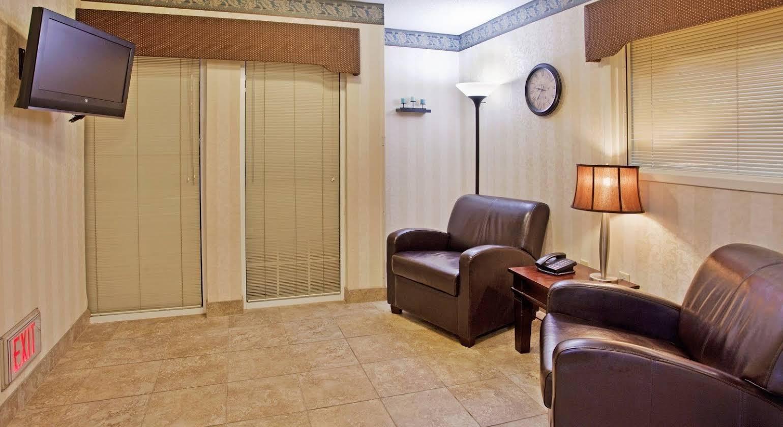 Candlewood Suites Salina