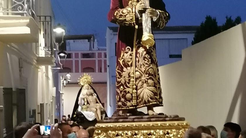 Imagen del traslado de las imágenes de la Real Archicofradía de Ntro. Padre Jesús Nazareno