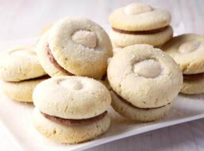 Chocolate Almond Macaroons Recipe