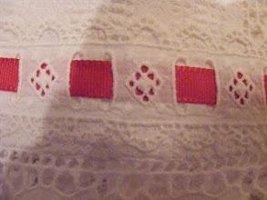 Photo: Skuta (čipka na lepeze)Alsószoknya (legyező csipke)