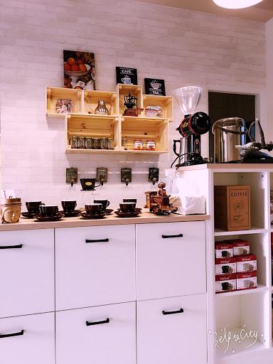 易杯咖啡烘培工房