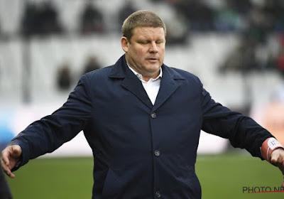 'Vanhaezebrouck is topfavoriet om nieuwe coach te worden van Nederlandse topclub'