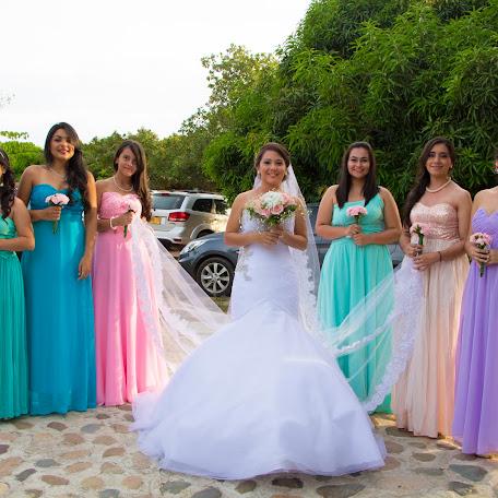 Wedding photographer Kevin daniel Herrera trujillo (DaNasProductions). Photo of 04.10.2017