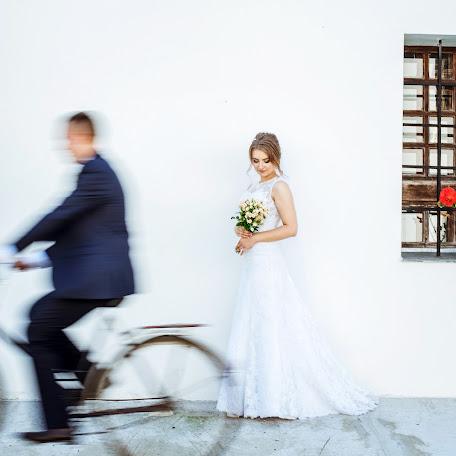 Wedding photographer Alla Zasinec (zay-foto). Photo of 07.10.2017