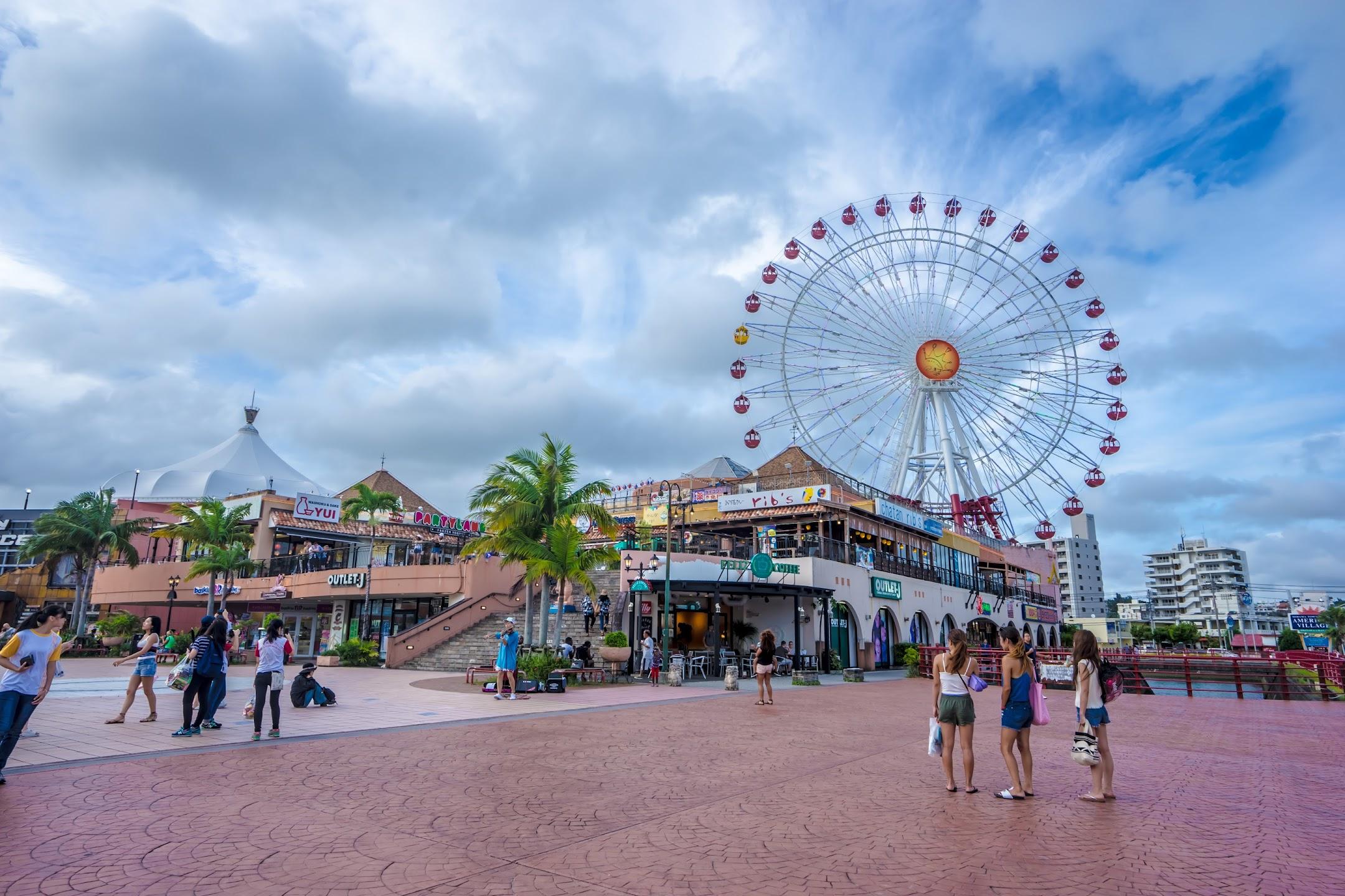 Okinawa American Village ferris wheel1