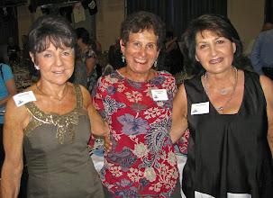 Photo: Yvette, Miriam & venetia