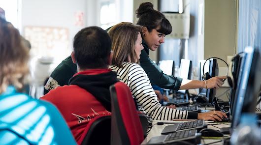 El mundo digital llega a casi 30.000 almerienses en 2021 gracias a Guadalinfo