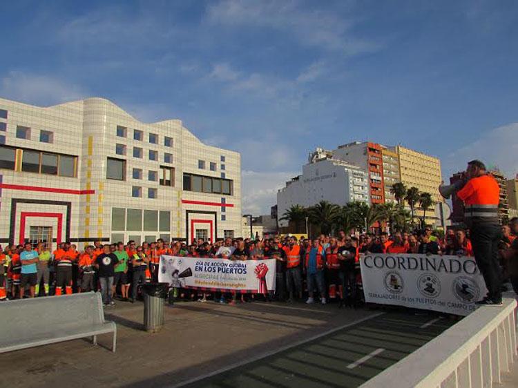 El PSOE de Algeciras celebra la convalidación  del Decreto de la Estiba
