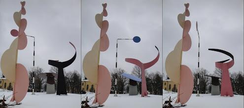 Photo: De vier elementen (Calder), voor het Moderna Museet