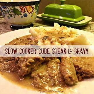 Slow Cooker Cube Steak & Gravy.