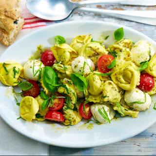 Tortelloni-Tomaten-Salat