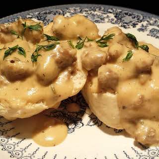 Betsy's No Garlic Bodacious Biscuits and Groovy Gravy.