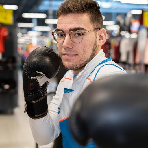 Cours de boxe pour adulte avec Simon