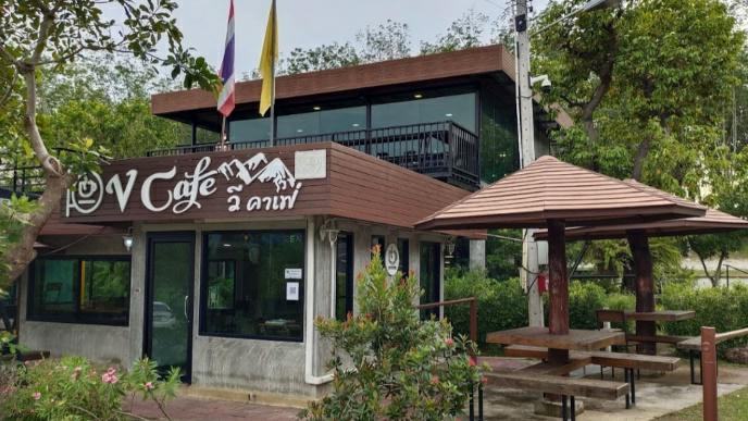 1. V coffee & eatery – v café 02