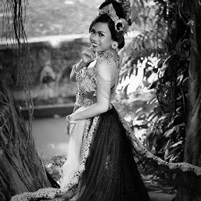 bali modification by Widia Widana - People Fashion