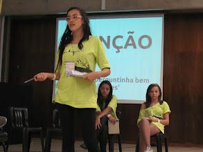 Photo: Bianda falando de onde vem essa idéia lixo, consumismo...Foto: Amandlah Oliveira GT Imprensa
