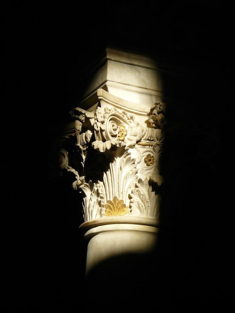 antica colonna di ando6523