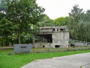 Photo: L'edifici bombardejat, testimoni de la guerra i de la resistència polonesa.