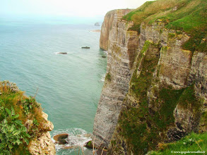 Photo: #008-Etretat. La Falaise d'Amont.