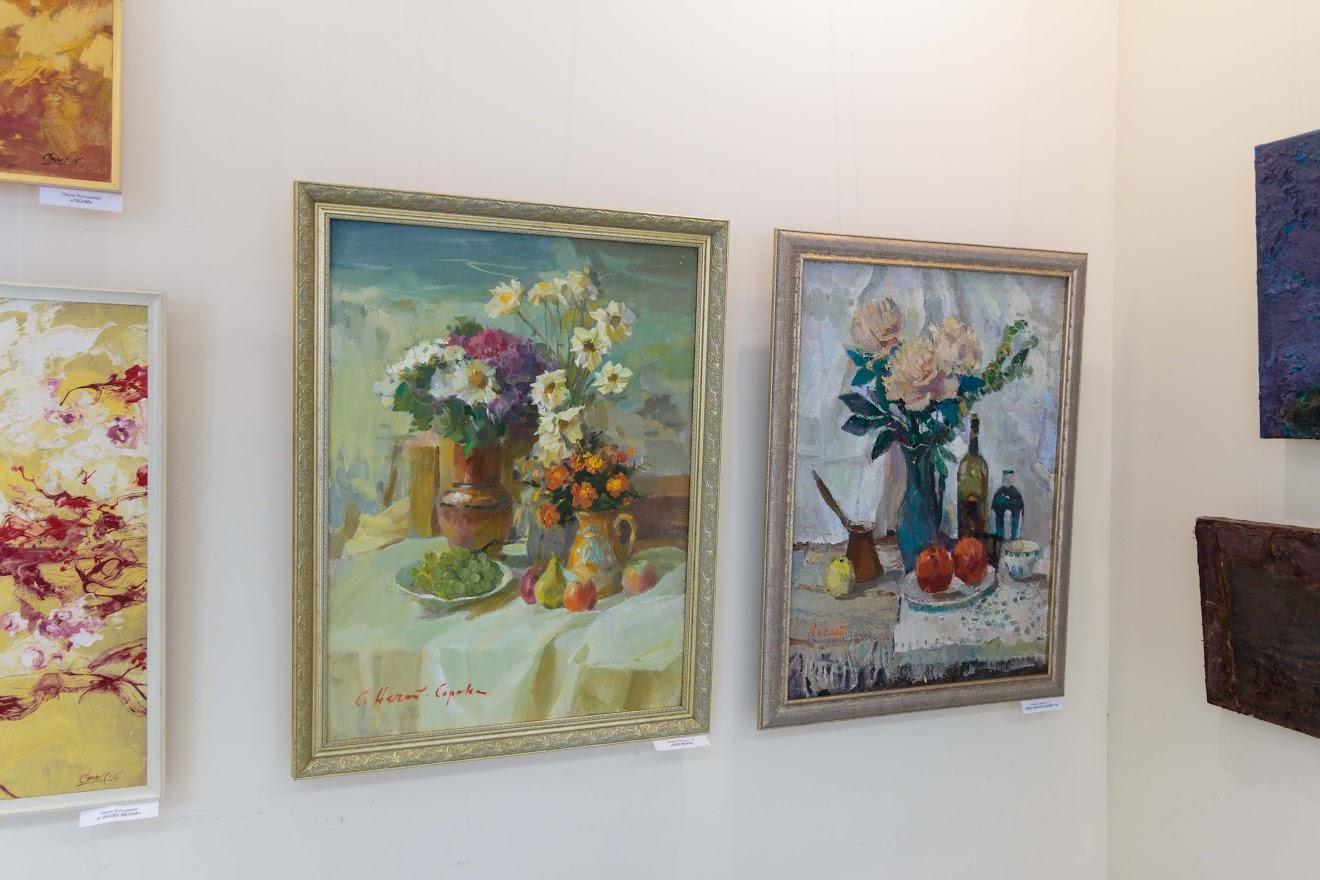 На контрасті: весняна виставка відкрилась у залі спілки художників