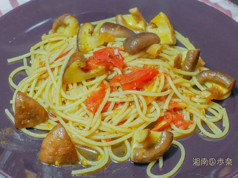 Selva 1.7mm 椎茸とフレッシュトマトのオイルパスタ