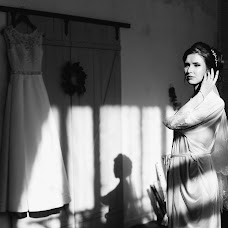 Wedding photographer Tanya Zhukovskaya (Tanyanov). Photo of 19.03.2018